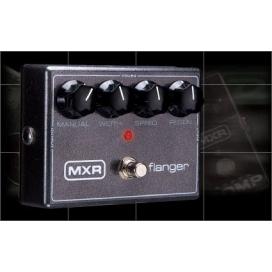 MXR M-117R FLANGER