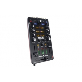 AKAI AMX INTERFACCIA AUDIO 24BIT/96 KHZ PER SERATO DJ