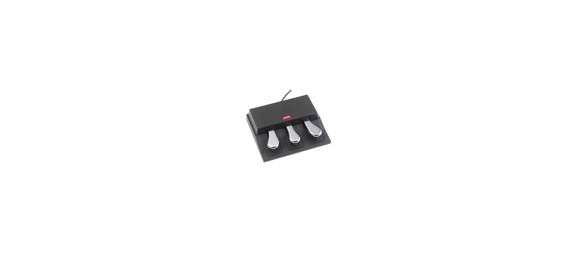 Clavia nord triple pedal: Pedali per Tastiera