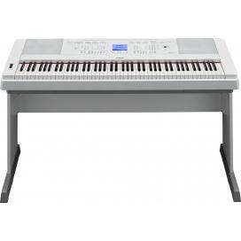 YAMAHA DGX660WH DIGITAL PIANO WHITE CON MOBILE