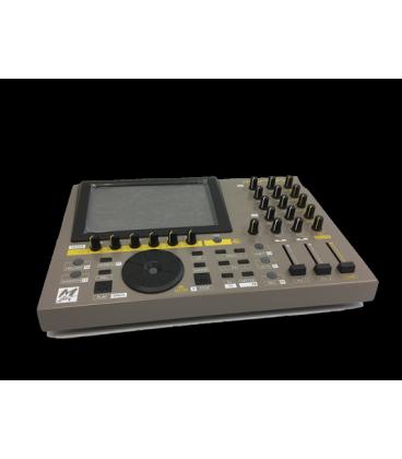M-LIVE MERISH 4 MARRONE LETTORE MIDI MP3