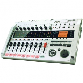 ZOOM R24 HARD DISK RECORDER/CONTROLLER 24 TRACKS